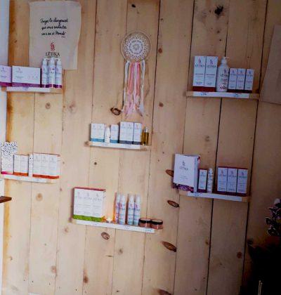 Soins ayurvédiques et produits naturel , biologique.